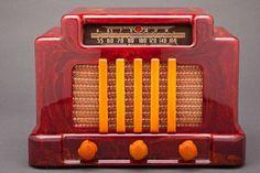 Addison Bakelite Radio 1930's