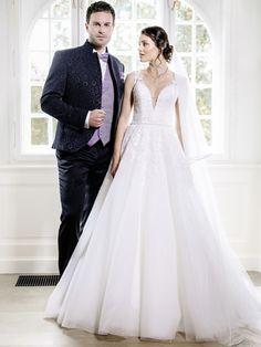 Hochzeitspaar elegant Formal Dresses, Wedding Dresses, Elegant, Fashion, Dress Wedding, Bride Gowns, Classy, Wedding Gowns, Moda