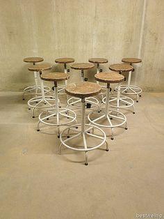 krukken industrieel atelier kruk met ring, stool industrial vintage