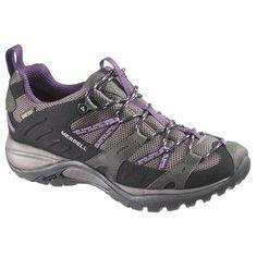 Zapatillas Merrell para trekking siren sport GTX para mujer en color negro con detalles en morado. Sistema preciso de atado de Merrell Omni-FIt para una mayor sujeción ya que ata prácticamente desde la puntera. Puedes ver más modelos de calzado y material de montaña en nuestras tiendas de la comarca de Pamplona, en Villava, C/ Ezkaba 7 y Burlada C/ Merindad de sangüesa 1. Waterproof Walking Shoes, Waterproof Shoes, Gore Tex, Color Negra, Outdoor Gear, Lady, Heels, Sneakers, Pamplona