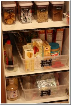 Clean & Scentsible: Pantry Organization {The Household Organization Diet} Large bins to mimic pull out shelves Pantry Storage, Kitchen Storage, Storage Containers, Storage Bins, Pantry Labels, Kitchen Drawers, Kitchen Shelves, Pantry Shelving, Pantry Closet