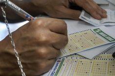 RS Notícias: Caixa volta a adiar resultados da Mega-Sena