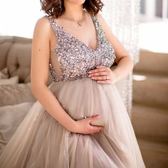 aad1cf413d9d2 Maternity V-Neck Maxi Tulle Gown With Tonal Delicate Sequins