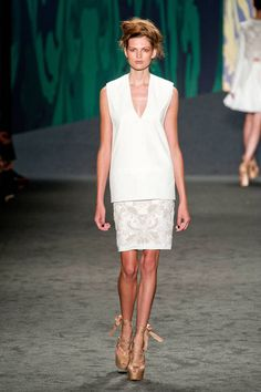 Vera Wang Spring 2013 Ready-to-Wear Collection