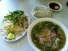 Veitnamese pho soup