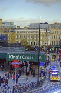 Busy+London+King's+Cross