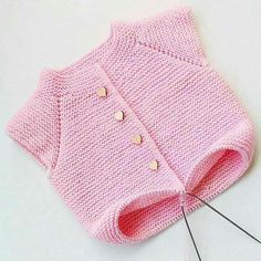 The Most Exclusive Handmade Baby Vest Models 38 Crochet Baby Jacket, Knitted Baby Cardigan, Baby Pullover, Knit Crochet, Sweater Hat, Easy Knitting Patterns, Knitting For Kids, Baby Knitting, Baby Outfits