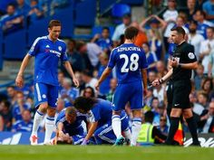 Chelsea to demote physio Carneiro after Mourinho criticism Arsenal Match, Premier League Champions, Trans Man, Sports Activities, Chelsea Fc, Football, Baseball, Medical, Chur