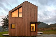 Modern prefab home was assembled in just 5 hours - Curbed