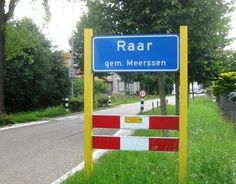 10 Rare Plaatsnamen in Nederland - Funny Names, Funny Signs, Presentation Slides, Street Signs, Funny Moments, Around The Worlds, In This Moment, Outdoor Decor, Photography