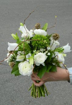 www.studiofloral.es ramo de novia, flores blancas