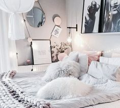 Bedroom♡ uploaded by Cillyhammes. on We Heart It