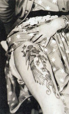 Pamela Nash tattooed by Les Skuse, UK, 1950s