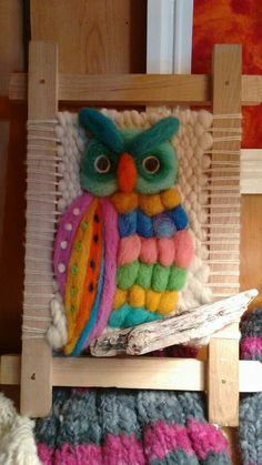 This Pin was discovered by Roc Weaving Textiles, Weaving Art, Tapestry Weaving, Loom Weaving, Hand Weaving, Wall Tapestry, Wet Felting, Needle Felting, Yarn Wall Hanging