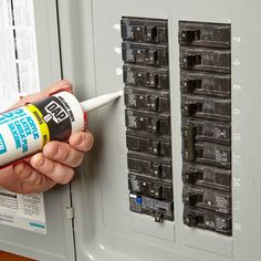 Easy-to-Read Circuit Breakers When the power goes out you better be able to read your circuit breaker. Decode any mystery by creating an easy-to-read circuit breaker panel. Home Electrical Wiring, Electrical Projects, Electrical Inspection, Electrical Safety, Electrical Outlets, Home Renovation, Home Fix, Diy Home Repair, Home Repairs