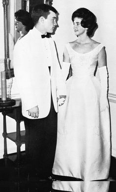 Paula Deen posing for a prom photo, 1965  Certainly remember the fashion styles!