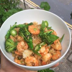 Try this post workout chilli and garlic prawns with jasmine rice  #leanin15 and ready in about 10 mins