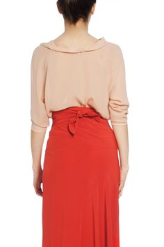 Paula, peach washed georgette blouse. Shop online. Ideal look for a wedding.