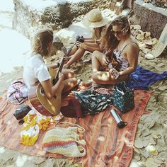 Beachy girly beach jam picnic