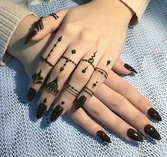 detailed mehndi design for hand Mehandi Design Henna Design# Mehandi Art Mehandi Art Henna Art Beautiful henna design by how lush the paste look like! Make the design so beautiful detailed mehndi design for hand Henna Tattoos, Finger Tattoos, Diy Tattoo, Simple Henna Tattoo, Henna Tattoo Hand, Henna Mehndi, Mehendi, Tribal Hand Tattoos, Arabic Henna