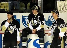 Kris Letang, Evgeni Malkin, Sidney Crosby--ove their facial expressions! Hockey Rules, Hockey Mom, Hockey Teams, Hockey Players, Ice Hockey, Hockey Stuff, Sports Teams, Funny Hockey, Field Hockey