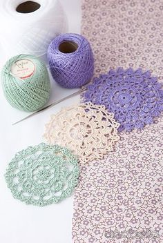Shabby-chic crochet winter doilies by Anabelia