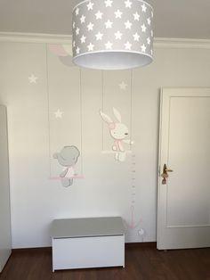 Klups Dalia játéktároló a babaszobában. #ninu #klups #dalia #játéktároló #babaszoba #gyerekszoba #bútor #szürke #fehér #kidsroom #babyroom #baby #furniture #nursery #white #grey Wall Design, House Design, Baby Room Art, Kids Decor, Home Decor, Kid Beds, Kids Bedroom, Grey, Ideas