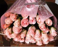 fleurcoco 【フラワーギフト】女性に人気のピンクのバラ花束20本【記念日 お祝い 彼女 誕生日プレゼントの贈り物】:Amazon.co.jp:家電/生活雑貨