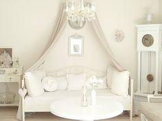 The Enchanted Home: Maison Decor | Sleeping Beauties | Pinterest ...