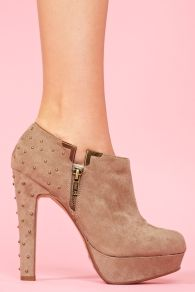 Pretty Hot.Studded Platform Bootie - Taupe