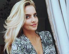 Joanna Cooper for Stellar Magazine ---- Booking: influencers@andrea.ie ------- #model #topmodel #modelagency #fashion #beauty #makeup #casual #glam #glamor #glamour #glamorous #makeupgoals #curls #accessories #contour #hairgoals #print #photoshoot #tan #magazine #covergirl #joannacooper #flawless #beachhair #straplessdress #pinkdress #dreamhair #goals #liner #eyeliner #jumperdress #print Makeup Goals, Beauty Makeup, Jumper Dress, Stunning Women, Beach Hair, Dream Hair, Model Agency, Covergirl, Hair Goals