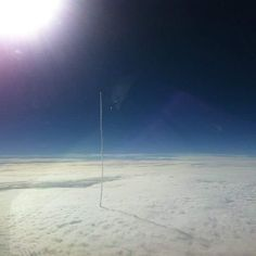 Rocket leaving earth Powerful Pictures, Beautiful Pictures, Commercial Pilot, Space Images, Space Pics, Above The Clouds, Space Exploration, Embedded Image Permalink, Black Velvet