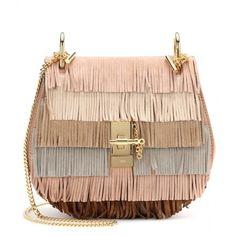 Chloé Drew Fringed Suede Shoulder Bag (7.270 RON) ❤ liked on Polyvore featuring bags, handbags, shoulder bags, fringe, purses, borse, neutrals, suede handbags, chloe handbags and suede shoulder bag