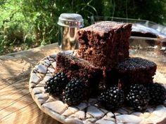 Vyvýšené záhony - foto návod – Z mojí kuchyně Blackberry, Fruit, Food, Gardening, Essen, Lawn And Garden, Blackberries, Meals, Yemek