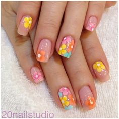 25 Delicate Flower Nail Designs Adding Lovely Blooms To Your Fingertips! nail art 5 minute - Nail Art 25 Delicate Flower Nail Designs Adding Lovely Blooms To Your Fingertips! Fancy Nail Art, Fancy Nails, Diy Nails, Cute Nails, Pretty Nails, Flower Nail Designs, Nail Designs Spring, Nail Art Designs, Nails Design