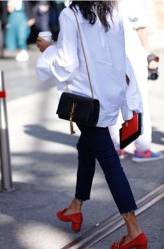 ba3c851172c  streetsmith  whowhatwear.au  mbfwa  streetstyle Outfits With Red Shoes