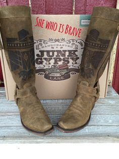 Y'all these are the coolest boots EVER! Great Fit and I can wear them all day.