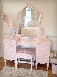 Beautiful Antique Vanity with Mirror and Bench don't like the color but love the style
