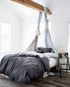 10 Great Finds: Beautiful Linen Bedding   Apartment Therapy