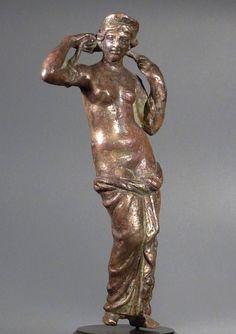 Roman bronze figure of Aphrodite.      1st-2nd century AD
