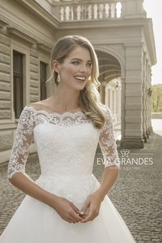 Wedding Gown Guide: Quarter Sleeve – The FashionBrides Gowns With Sleeves, Quarter Sleeve, Bridal Collection, Bridal Style, Wedding Gowns, Campaign, Couture, Luxury, Fashion