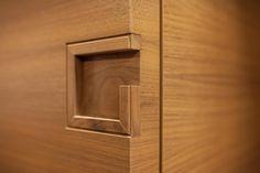 Wooden Handles, Door Handles, Wardrobe Handles, Wardrobe Design Bedroom, Floor Chair, Wall Lights, Decor Ideas, Indoor, Furniture