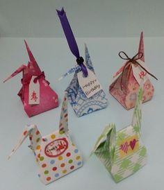 お福分け鶴|折り紙の楽しみ Box Origami, Origami And Kirigami, Origami Paper Art, Fabric Origami, Oragami, Diy And Crafts, Crafts For Kids, Paper Crafts, Origami Instructions