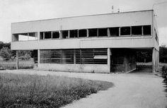 Le Corbusier – Charles-Édouard Jeanneret-Gris (1887-1965) | Villa Savoye avant la restauration de 1985 | Poissy, France | 1928-1931