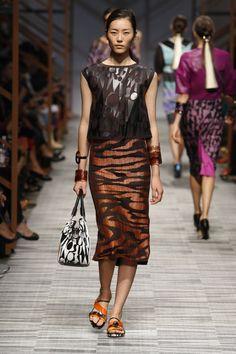 Missoni Women's Spring/Summer 2014 fashion show - Milan Fashion Week - http://olschis-world.de/  #Missoni #Womenswear #Summer