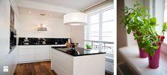 Klasyka i kobiecość dodatków - zdjęcie od Bargański Pracownia Wnętrz - Kuchnia - Styl Eklektyczny - Bargański Pracownia Wnętrz Table, Furniture, Home Decor, Homemade Home Decor, Tables, Home Furnishings, Interior Design, Home Interiors, Desk