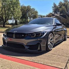 BMW M4 Coupe. Right colour, right wheels. Very nice