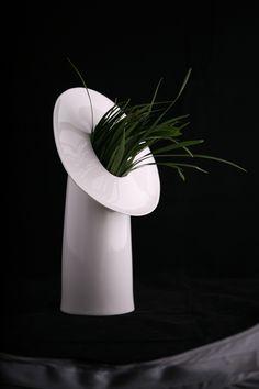 MOCO Vase by http://www.kaolin.org/