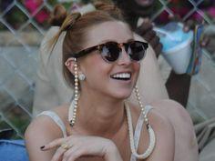 DIY sunglass chain with pearls