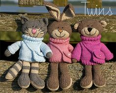 Twins' Knitting Pattern MiniShop: Happy Pets, flat trio (in English), knitted bunny, knitted bear, knitted cat Knitting For Kids, Knitting Projects, Baby Knitting, Crochet Projects, Knitting Patterns, Crochet Patterns, Knitting Toys, Knitted Cat, Knitted Animals